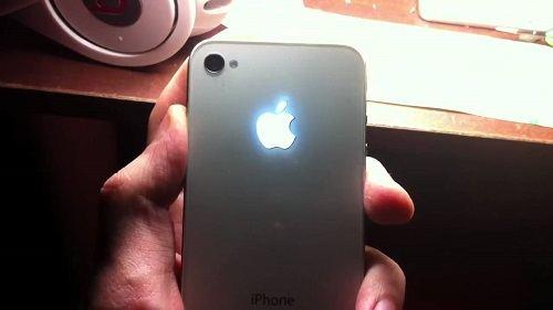 iPhone-7-ışıklı-logo