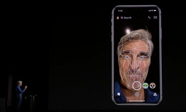 iPhone X ile Face ID