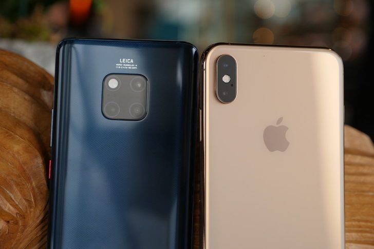 Huawei Mate 20 Pro-iPhone xs Max