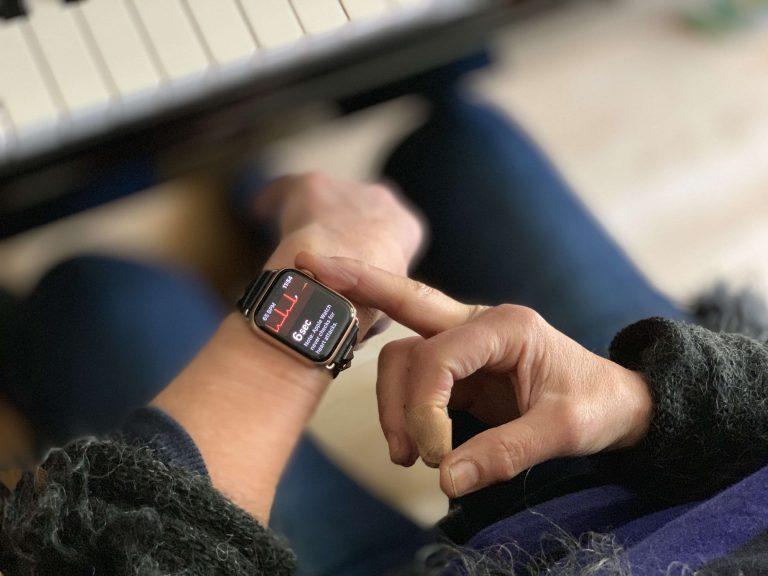 watchOS 6.2 ile EKG Özelliği Türkiye'de