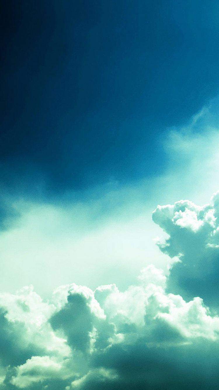 Dark Blue Sky Clouds iPhone 6 Wallpaper