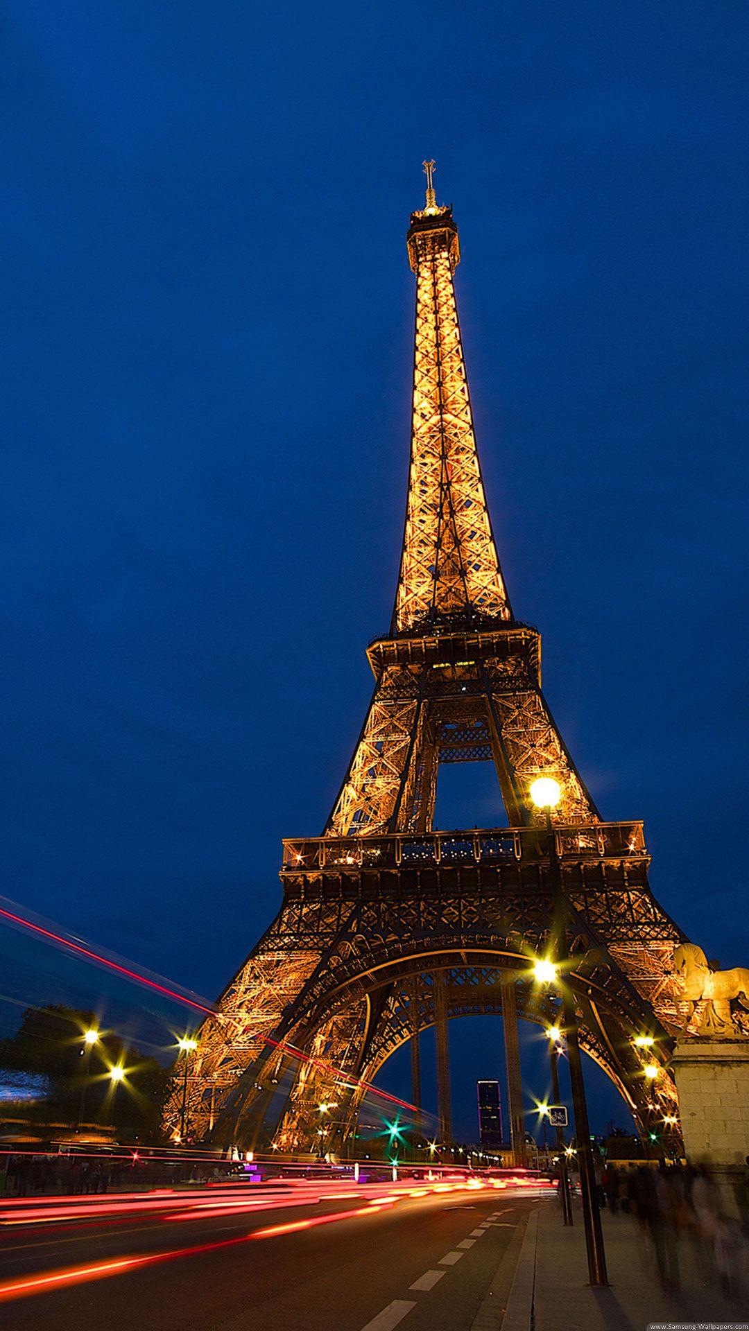 Eiffel Tower Lockscreen Night Traffic Lights iPhone 6 Plus HD Wallpaper